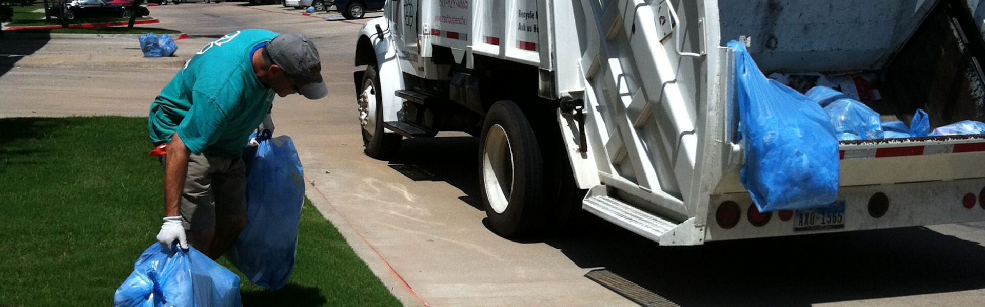 TRASHBUSTERS Disposal & Recycling offers the best valet trash service and the most resident-accessible Blue Bag Recycling program anywhere! Serving multi-family, apartment and condominium communities in the Dallas, Fort Worth, Austin, San Antonio and Houston areas.